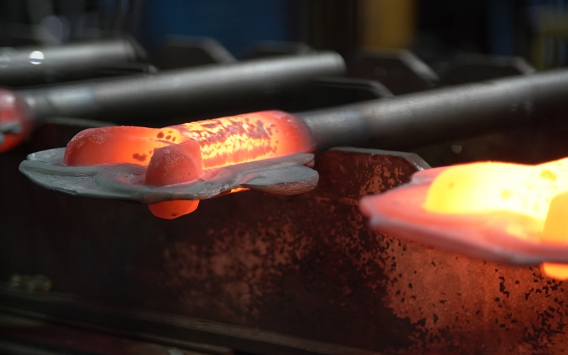 Hot and cold forging, machining process